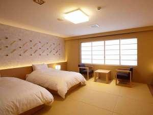 日本の山岳温泉リゾート 新玉川温泉:木のぬくもりが心地よい内装となりリラックスできるお部屋に。