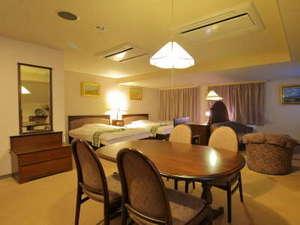 ハーバープラザホテル
