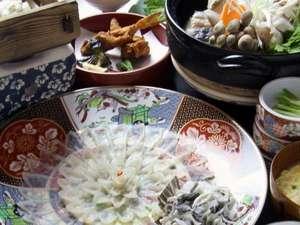 割烹旅館寿美礼:「下関でふぐを食た!」と満足できるフルコース。口コミオール5の自慢のお料理。