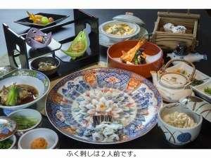 暑い夏に嬉しい鍋無しのフルコース。白子豆腐グラタン、ぶっかけご飯は当館オリジナル料理。