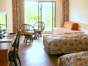 リゾートホテル久米アイランド:*【デラックスツイン/サウスウィング】南国テイストの客室
