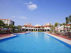 リゾートホテル久米アイランド:*【屋外プール】4~10月遊泳可能♪(更衣室あり)