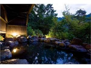 浮羽別館  新紫陽:森の露天風呂「瀧見の湯」