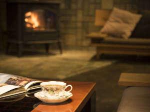 宮島温泉 滝乃荘:■朝のコーヒーサービス■ご朝食後やご出発前に、暖かいコーヒーはいかが?ロビーでご用意しております。