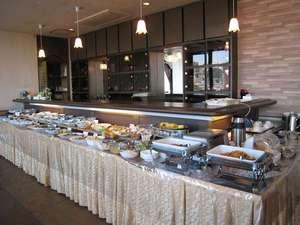 富士国際ホテル:朝食バイキングお客様より大変ご好評いただいております。是非一度、お試しください!