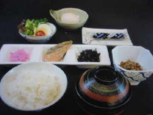 ビジネスホテル新須磨:朝食の一例