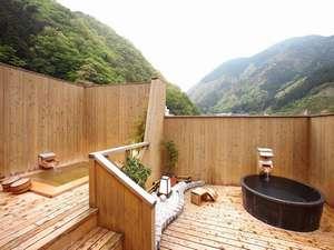 ■屋上露天風呂■新緑の山々を見渡しながら入る美人湯は最高!貸切で利用出来る