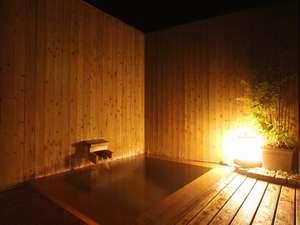 ■夜の屋上露天風呂■星空を眺めながら2つの浴槽を使い放題!