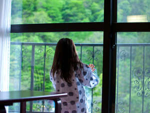 奥飛騨ガーデンホテル焼岳(やけだけ):もしかしたらお部屋からカモシカが見えるかも♪