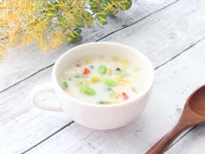 【春限定:枝豆のベジポタージュ】枝豆と野菜のやさしい美味しさを味わえるポタージュです。