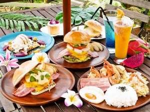 Ma-Blue Garden House:地元でも人気のハワイアンランチはテイクアウトしてビーチで食べるのもオススメ。