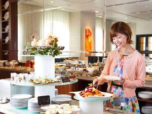 ロイヤルパークホテル ザ 福岡:朝食は1階オクタカフェにて(7:00~10:00)