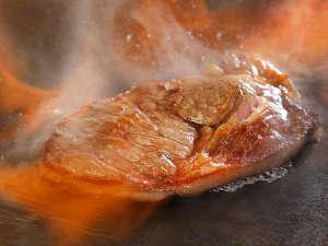 湯の杜 ホテル志戸平:6/5~7/28 肉バイキングフェア!大人気!焼き立てステーキをたらふく召し上がれ♪