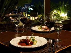 ■レストラン:ディナータイムはお二人の特別なお時間をご用意します♪