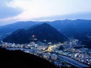 温泉ビジネスホテル富喜屋:◆【下呂温泉街夜景】