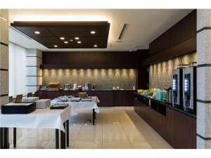 N GATE HOTEL OSAKA:朝食は旬の食材をつかったこだわりの和洋ビュッフェ。大阪名物のかすうどんも♪営業時間/6:00~9:00