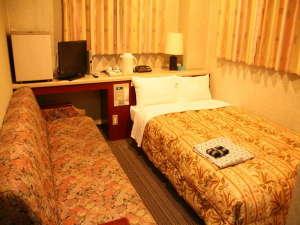 ビジネス観光ホテルいけだ:シングル ゆったりサイズのお部屋が好評です