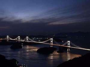 鈍川温泉 カドヤ別荘:来島海峡大橋ライトアップ