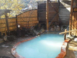 安達屋旅館:貸切露天風呂 二の湯