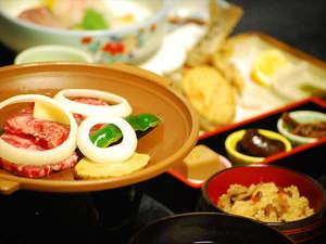 長湯温泉 やすらぎの宿 かどやRe:◎ご夕食例◎お刺身や川魚、地元の野菜を使った家庭的なお料理が並びます。嬉しいお部屋食です♪