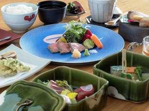 別府温泉竹と椿のお宿花べっぷ:お料理イメージ