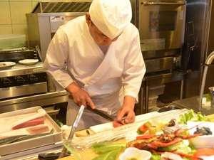 リフレッシュスポット風未来:料理長自慢の料理をご提供