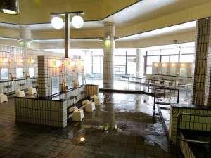 なんぽろ温泉ハート&ハート(南幌温泉):身体の芯まで温まる塩化物強塩泉が源泉でございます。