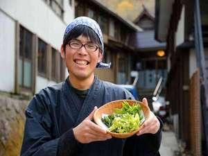 渓流絶景の宿 滑川温泉 福島屋 :*【山菜イメージ】採れたての山菜が楽しめるのはこのあたりはおおよそ5月~6月くらいが旬です。