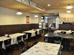 奥むさし旅館:【食堂】朝食・夕食はこちらでお召し上がりいただけます♪