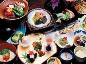 赤城温泉 花の宿 湯之沢館:料理(夕食)の一例、季節・プランなどにより異なります