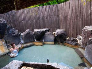 霧島みやまホテル:霧島でも屈指の美人の湯。つるつるスベスベの驚きの泉質を是非ご堪能下さいませ。