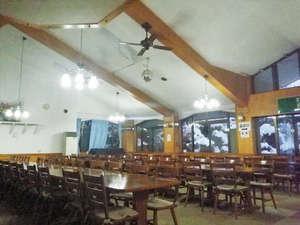 ホテルシェーヌ木島平:*【レストラン】朝夕はこちらのレストランでお食事をどうぞ。