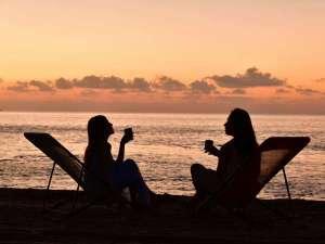 ホテルアラマンダ小浜島:【朝カフェ】コーヒーを飲みながら、サンライズを待ちましょう。