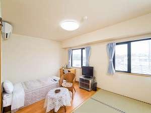 ニューセントラルホテル勝田(BBHホテルグループ):和洋室になります。ファミリーでも、グループでも、お好きにお使い下さい★