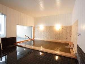 スパ・イン メープルロッジ:◆大浴場 檜湯 【温泉はヌメリ感のある重曹を含みお肌がツルツルになります】