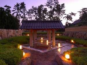 皆生温泉 東光園:大露天風呂「郭の湯」は彫刻家「流政之」先生の傑作