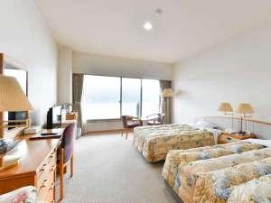 マリンポートホテル海士:洋室ツインタイプのお部屋です。エキストラベッドにより3名まで対応可。