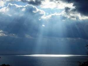 足摺岬「亀呼び場」からの天使の光