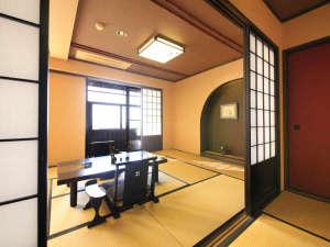 【露天風呂付き客室】開放的な和室空間