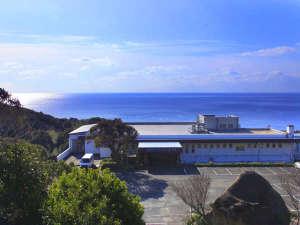 海に面した当館は海と星空の絶景をお愉しみいただけます。