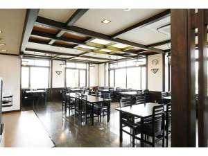 蔵王四季亭:レストラン「山路」