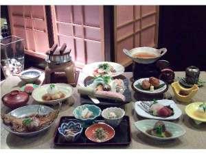 蔵王四季亭:黄金の湯ご夕食一例
