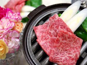メインのお肉料理。那須野ヶ原和牛の旨味をご堪能下さい。