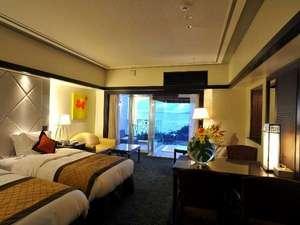 Okinawa Spa Resort EXES(沖縄スパリゾート エグゼス):ロイヤルエグゼススイートのお部屋で身も心もリラックスして贅沢な寛ぎの時間をお過ごし下さい。