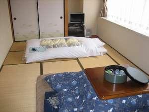 美濃加茂ステーションホテル:【和室】ゆったりとした10畳のお部屋です。