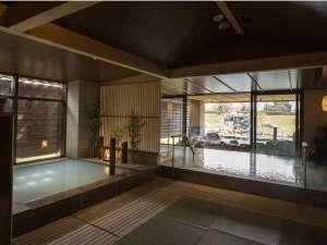 【大浴場】「温泉はやっぱり和風が癒される!」お客様のお声から和テイストに。