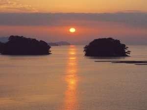 胡蝶蘭から見る朝日(一例)