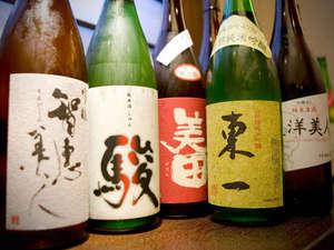 3階「蕎麦居酒屋 まるや」では全国各地より集めた約20種の地酒をお楽しみ頂けます。