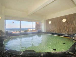 【展望風呂・男湯】湯船からの景色が評判です♪お天気が良い日は四国も見えます~☆