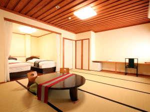 植木温泉 旅館 松乃湯:【お部屋】和洋室10畳のお部屋は、[露天風呂&内湯]付の限定1室の人気のお部屋です。